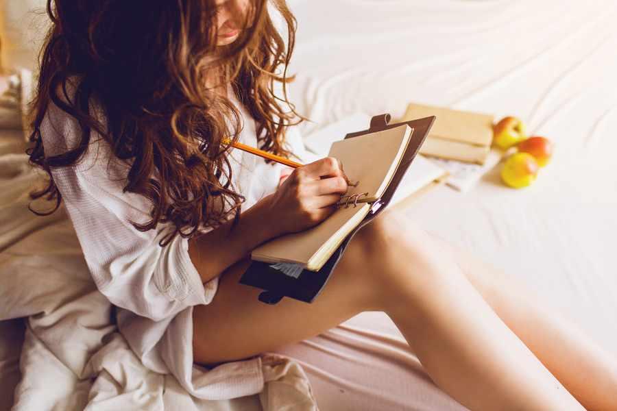 Как научиться писать стихи про любовь?