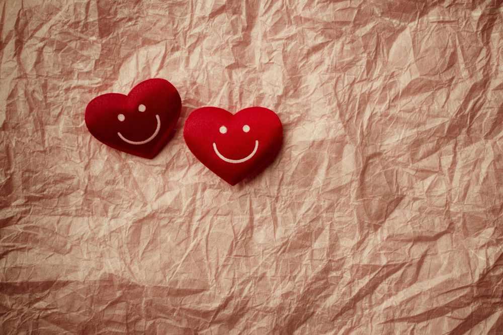 Почему люди пользуются символами любви и верности